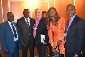 Faman Touré, Vice Président de la CACI, Yacouba Tall, Président de la CACI, Jean-Louis Lascoux, Président de l'EPMN, Aïcha Sangaré, directrice de l'EPMN, Yannick Dougaux-Kouassi, notaire et délégué de la CPMN