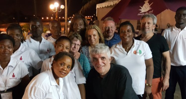 Les médiateurs professionnels à l'Etoile du Sud, à Grand Bassam